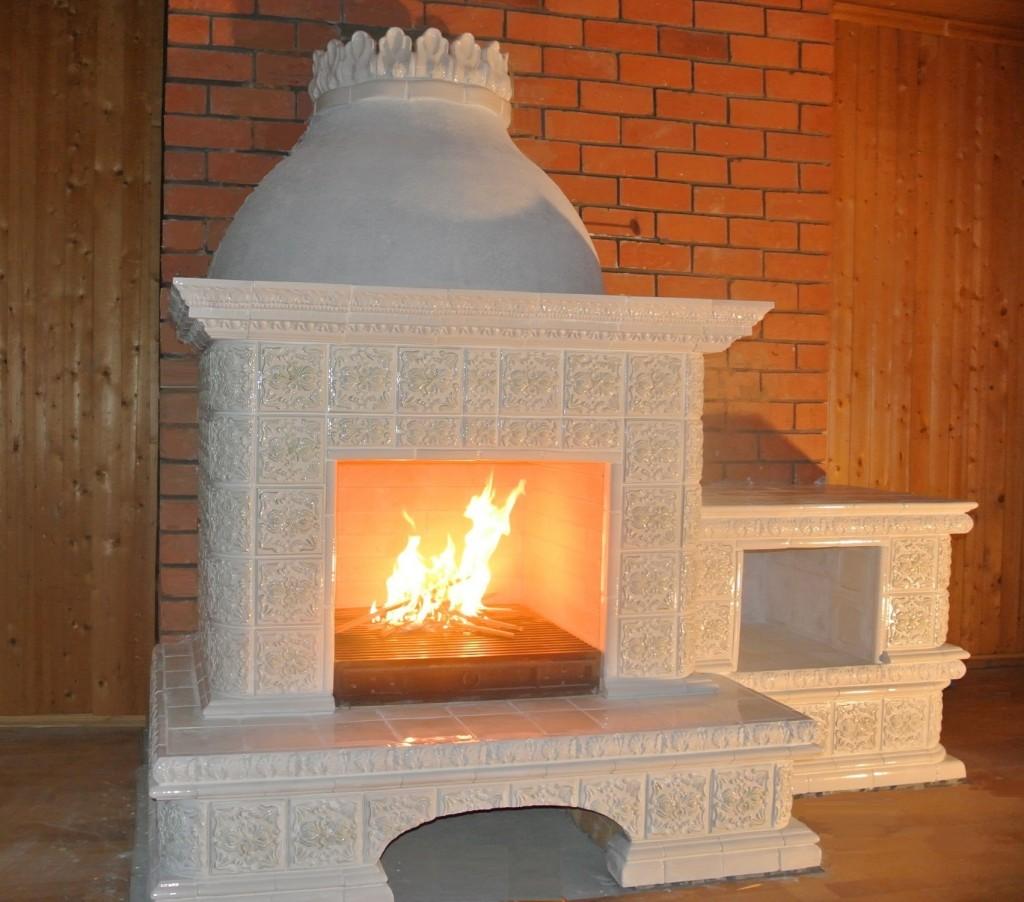 камин-с огнем