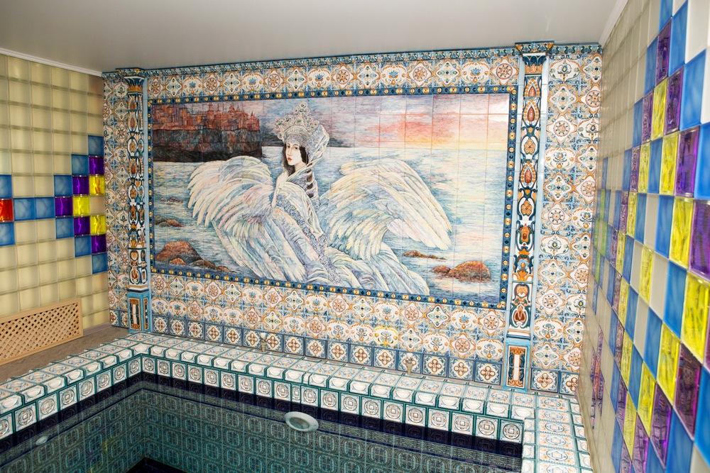 Panno v bassejn na stenu