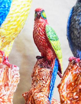 Керамическая скульптура Попугай