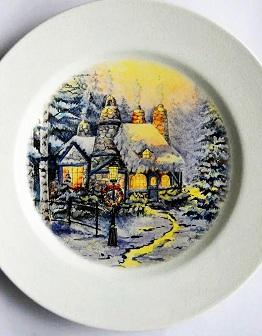 Декоративная тарелка с пейзажной живописью