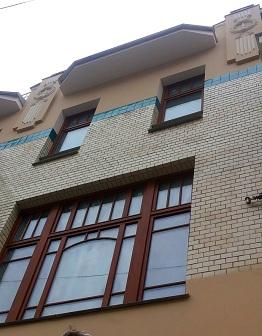 Майолика на фасаде дома на Большой Лубянке