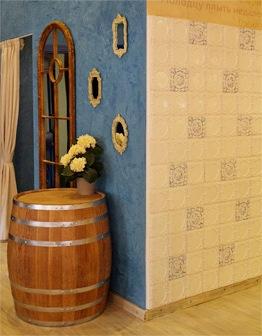 Изразцовая стена в ресторане