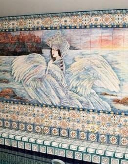 Декоративное оформление стены в бассейне