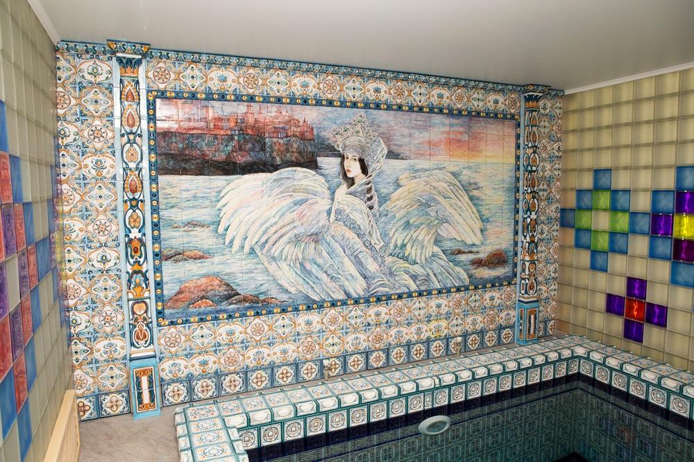 Keramicheskoe panno v bassejn na stenu
